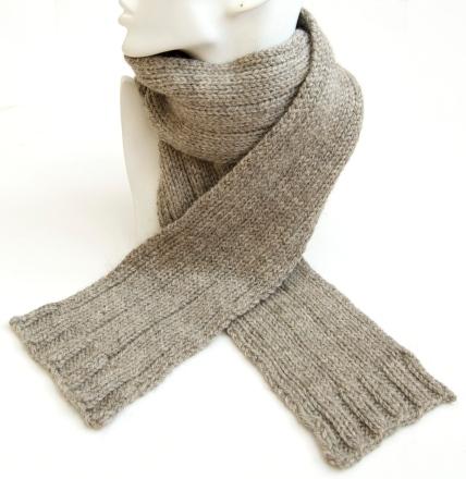 GreyWoolScarf2